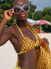 Brown skinned chicks erotic pics from vacation